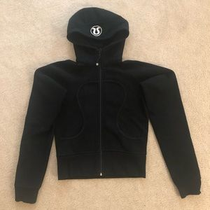 Lululemon Black Scuba hoodie size 6